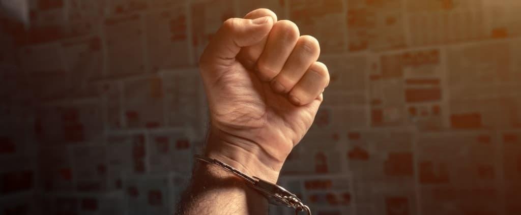 Resisting arrest in Arizona: ARS 13-2508